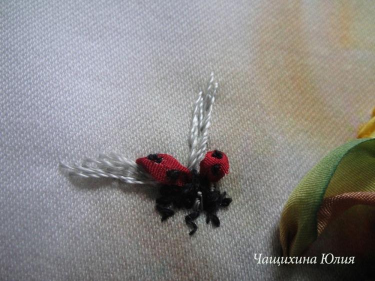Вышивка лентами бабочки стрекозы тютелька в тютельку