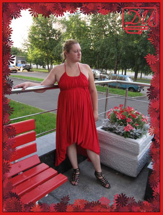 Мама сшила дочке платье трансформер 64